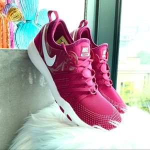 New Nike TR 7 Running Shoes